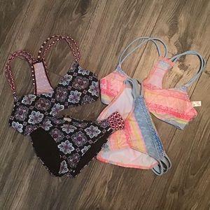 Set of 2 Hula Honey Bikini's